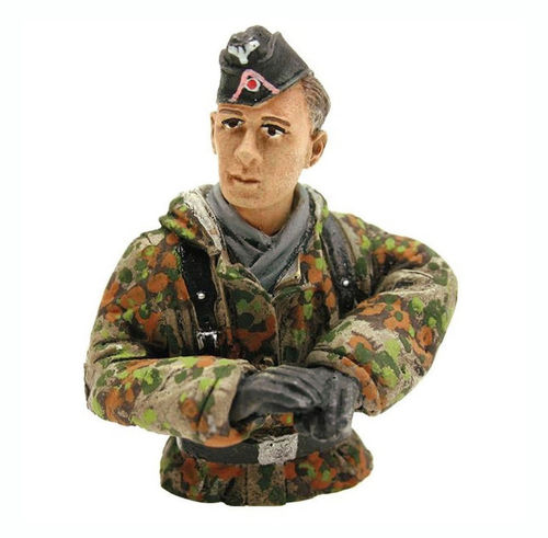 Figure Tank Driver, summer camouflage, scale 1:16