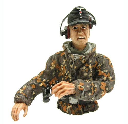 Figure Tank Commander, summer camouflage, scale 1:16