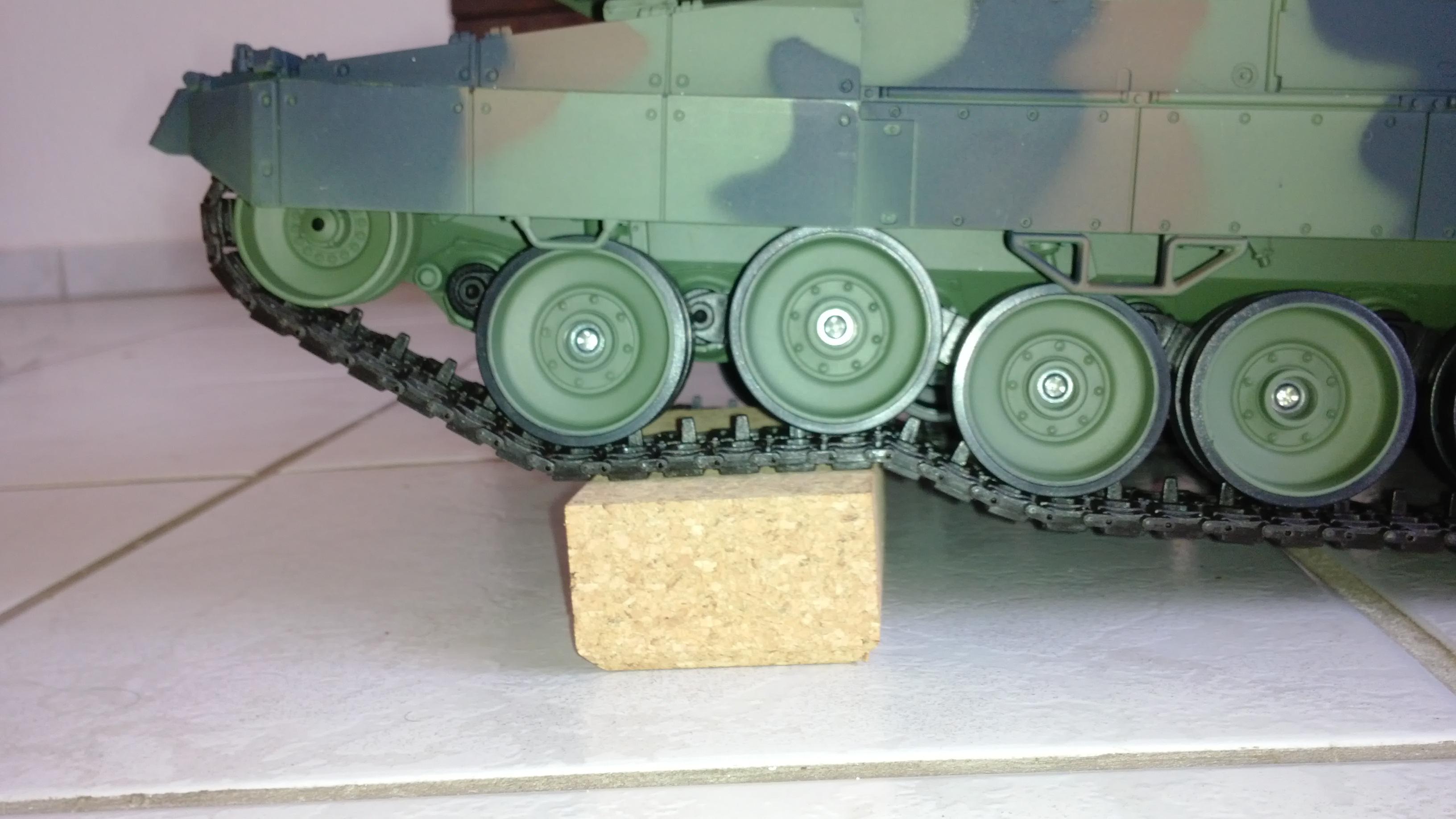 rc panzer informationen zu tunning ersatzteilen und umr stung. Black Bedroom Furniture Sets. Home Design Ideas